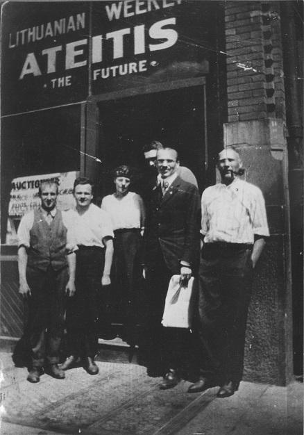 dr1 29_2 [mr 01_2] [1915m. JAV Bostone ''Ateities'' redaktor